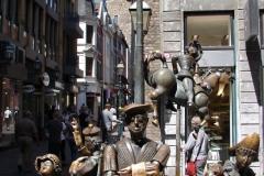 Standbeeld-Aachen-met-bewegende-beelden-01