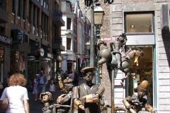 Standbeeld-Aachen-met-bewegende-beelden-02
