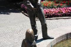 Standbeeld-Aken-Geld-04
