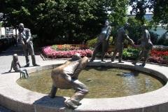 Standbeeld-Aken-Geld-07