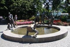 Standbeeld-Aken-Geld-09