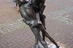Standbeeld-Paard-en-Ruiter-Aachen-03