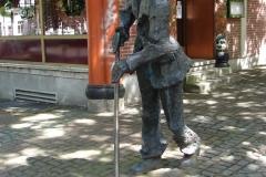 Standbeeld-Straatveger-Aachen-02