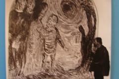 Aad-de-Haas-Naast-de-wandschildering-Christus-geneest-de-blinde-in-het-voormalige-St-Jozefziekenhuis-Heerlen-1958-59