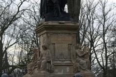 Amsterdam-025-Vondelpark-Monument-Vondel