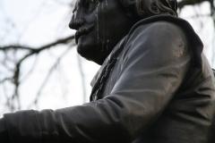 Amsterdam-038-Vondelpark-Monument-Vondel-detail