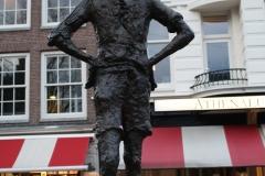 Amsterdam-085-Standbeeld-Het-Lieverdje