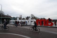 Amsterdam-105-Jeugd-bij-letters-I-Am-sterdam