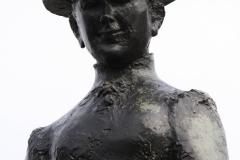 Amsterdam-307-Beeld-Koningin-Wilhelmina-te-paard-detail
