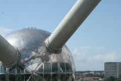 Brussel-0644-Atomium-Uitzicht-op-andere-bol