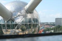 Brussel-0645-Atomium-Uitzicht-op-andere-bol
