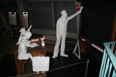 Brussel-0607-Atomium-Kunstwerk-van-schoolkinderen-en-meester