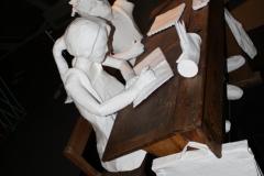 Brussel-0608-Atomium-Kunstwerk-van-schoolkinderen-en-meester