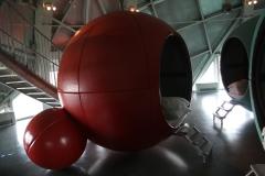 Brussel-0635-Atomium-Slaapplaats-voor-kinderen-op-schoolreis