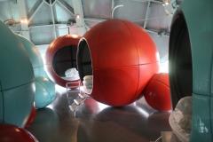 Brussel-0638-Atomium-Slaapplaats-voor-kinderen-op-schoolreis