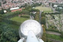 Brussel-0557-Atomium-Uitzicht-op-andere-bol