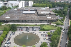 Brussel-0569-Atomium-Uitzicht-op-groot-gebouw
