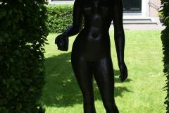 Haarlem-054-Hofje-van-Oorschot-Sculptuur