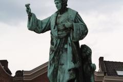 Haarlem-839-Standbeeld-Laurens-Jansz-Coster