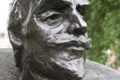 Haarlem-879-Ripperdapark-Standbeeld-Wigbert-Ripperda