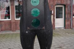 Roermond-Standbeeld-Broek-02