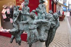 Roermond-Standbeeld-De-Ruivers-02