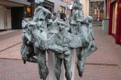 Roermond-Standbeeld-De-Ruivers-03