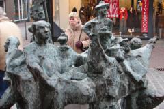Roermond-Standbeeld-De-Ruivers-04-met-Jeanny