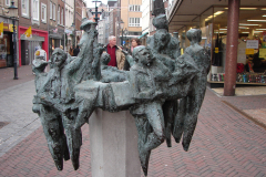 Roermond-Standbeeld-De-Ruivers-04