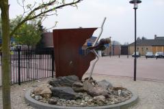 Meers-27-Monument-bij-school-De-Brok
