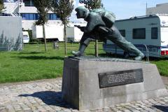 Vlissingen-Beeld-door-Titus-Leeser-20ste-eeuw-Nationaal-Monument-voor-de-4e-Commando-Brigade-1