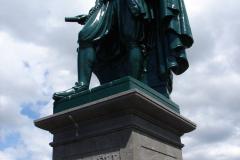 Vlissingen-Standbeeld-Michiel-de-Ruyter-06