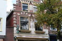 Alkmaar-Huis-In-t-Vergulde-boot-met-trapgevel