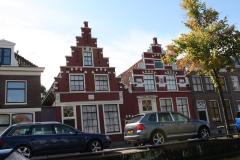 Alkmaar-Oudegracht-Rode-panden-met-trapgevel-1