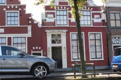 Alkmaar-Oudegracht-Rode-panden-met-trapgevel-3