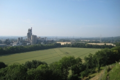 Eben-Emael-042-Cementfabriek-aan-het-Albertkanaal-in-Liche
