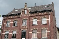 Houthem-St-Gerlach-213-Gebouw-uit-1899-bij-het-station