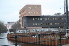 Amsterdam-059-Modern-gebouw-bij-de-Nassaukade