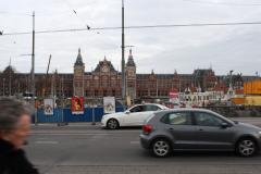 Amsterdam-102-Straatbeeld-met-Centraal-Station