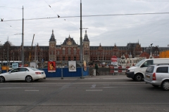 Amsterdam-103-Straatbeeld-met-Centraal-Station