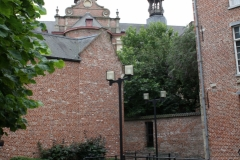 Brussel-1311-Binnenplaats-De-Gulden-Leeuw
