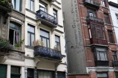 Brussel-1317-Hoogbouw-met-gietijzeren-balkons