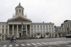 Brussel-2014-0031-Paleis-op-de-Koudeberg-en-standbeeld-Godfried-van-Bouillon