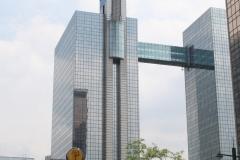 Brussel-2014-0723-Hoogbouw-aan-de-Simon-Bolivarlaan