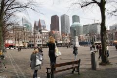 Den-Haag-Plein-met-standbeeld-Willem-van-Oranje-1