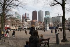 Den-Haag-Plein-met-standbeeld-Willem-van-Oranje-2