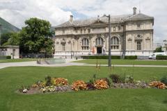 Grenoble-100-Musee-et-bibliotheque-Place-de-Verdun