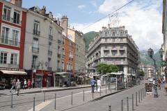 Grenoble-131-Gebouw-als-een-boeg