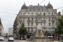 Grenoble-159-Place-de-Notre-Dame
