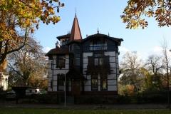 Groningen-163-Huis-in-chaletstijl-aan-Heeresingel